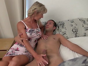 Porn coager Czech Cougars